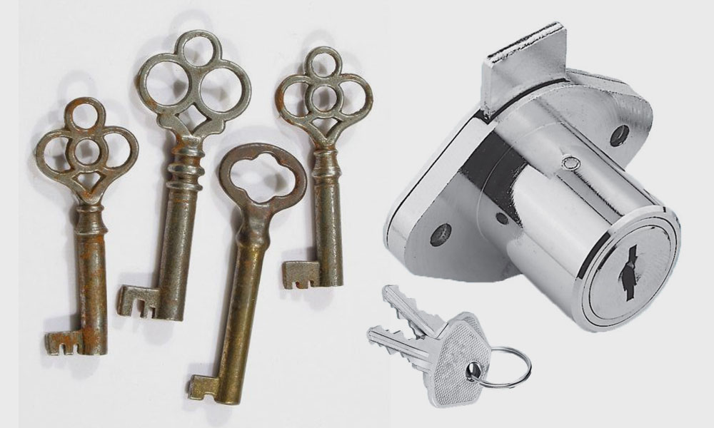 Furniture keys and lock