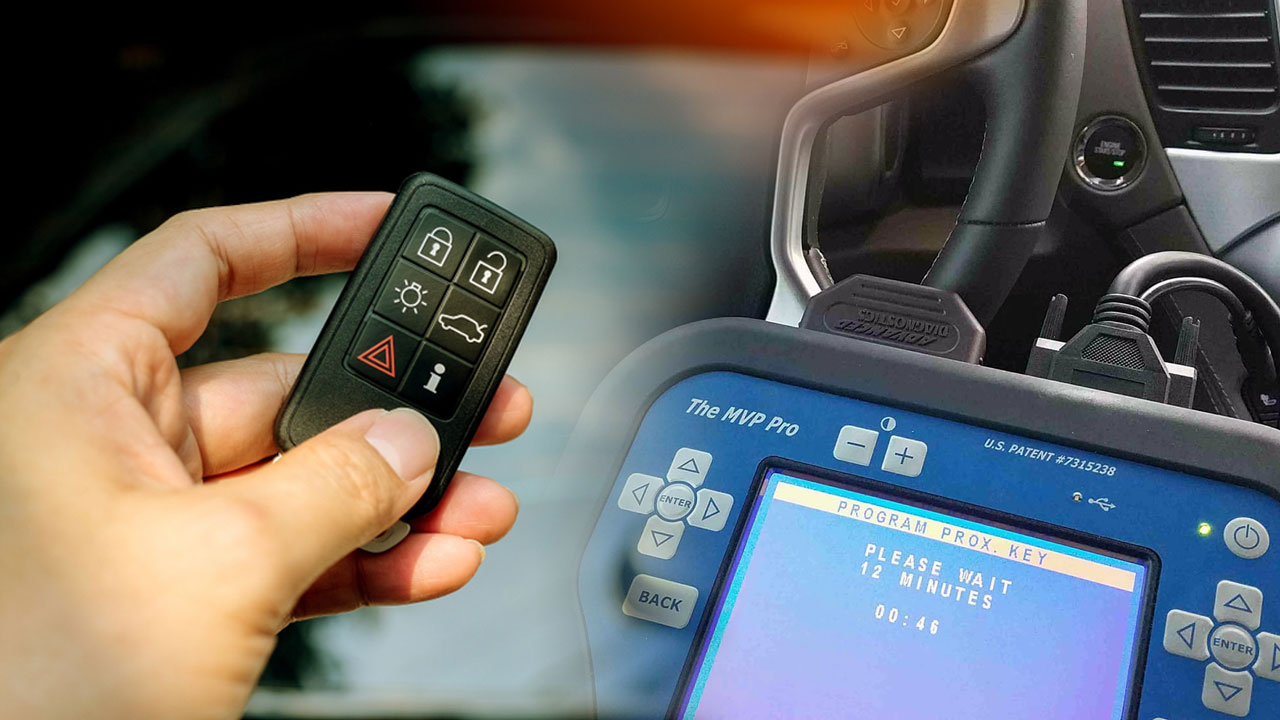 How a Locksmith Performs Car Key Programming